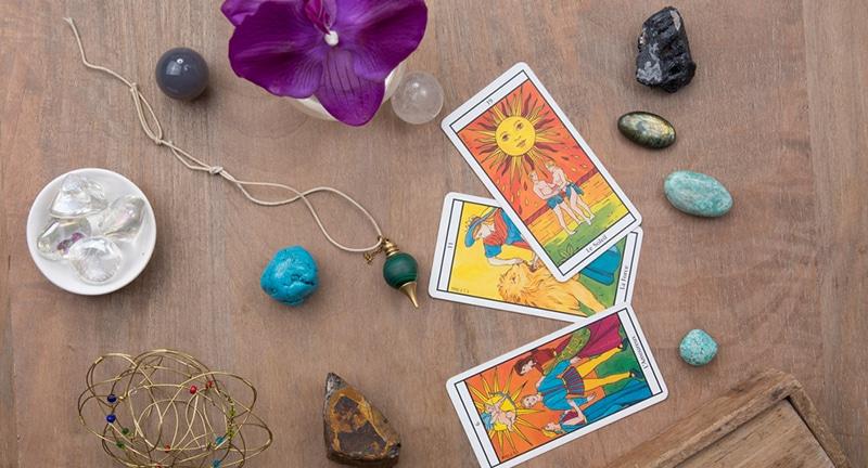 novac, financije, tarot za posao, tarot, ljubavni tarot, uroci, tarot konkretno pitanje